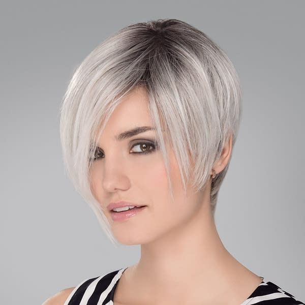 Amaze Wig in SILVER ROOTED