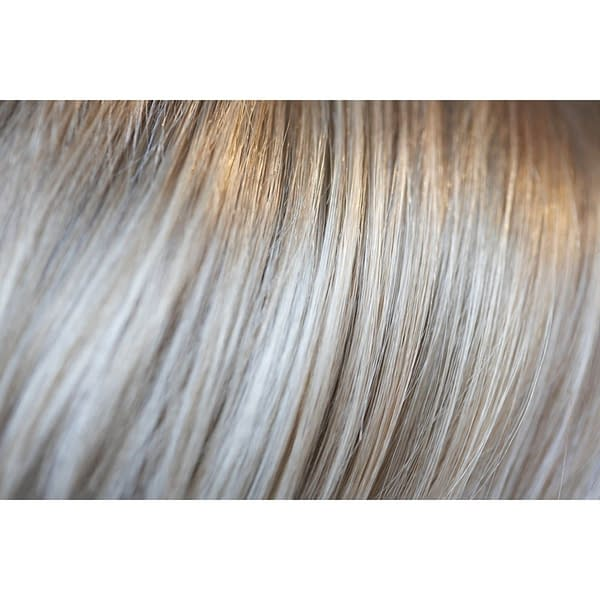 223/23c Wig Colour by Gisela Mayer